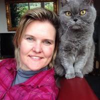 Mobile Tierarztpraxis im Münchner Norden leistet Pionierarbeit mit N.I.S. – einer neuen Behandlungsmethode für Tiere